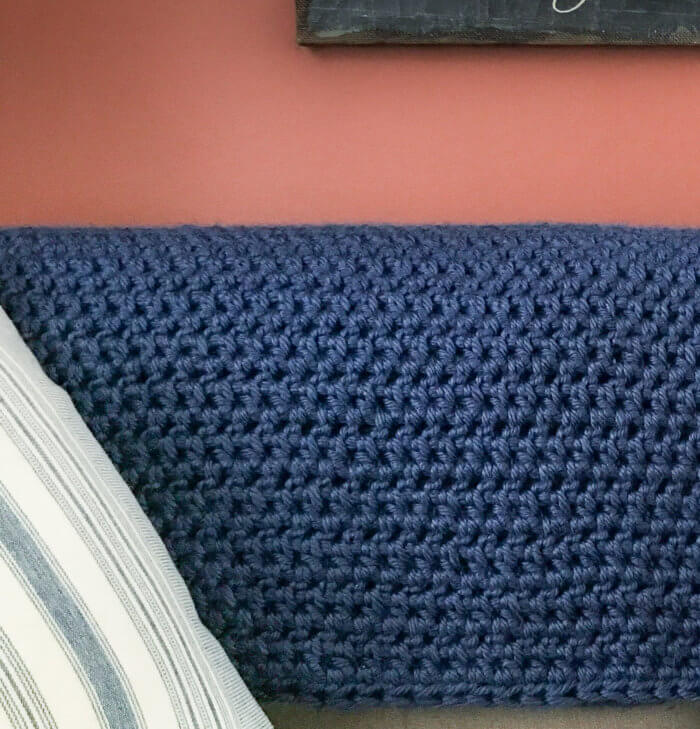 Chunky crochet blanket pattern works up quickly and easily with bulky weight yarn.